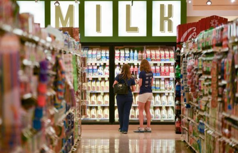Lowes Foods Cuts Ribbon At First Midlands Store Columbia Business