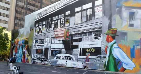 Mural captures moment of Columbia history