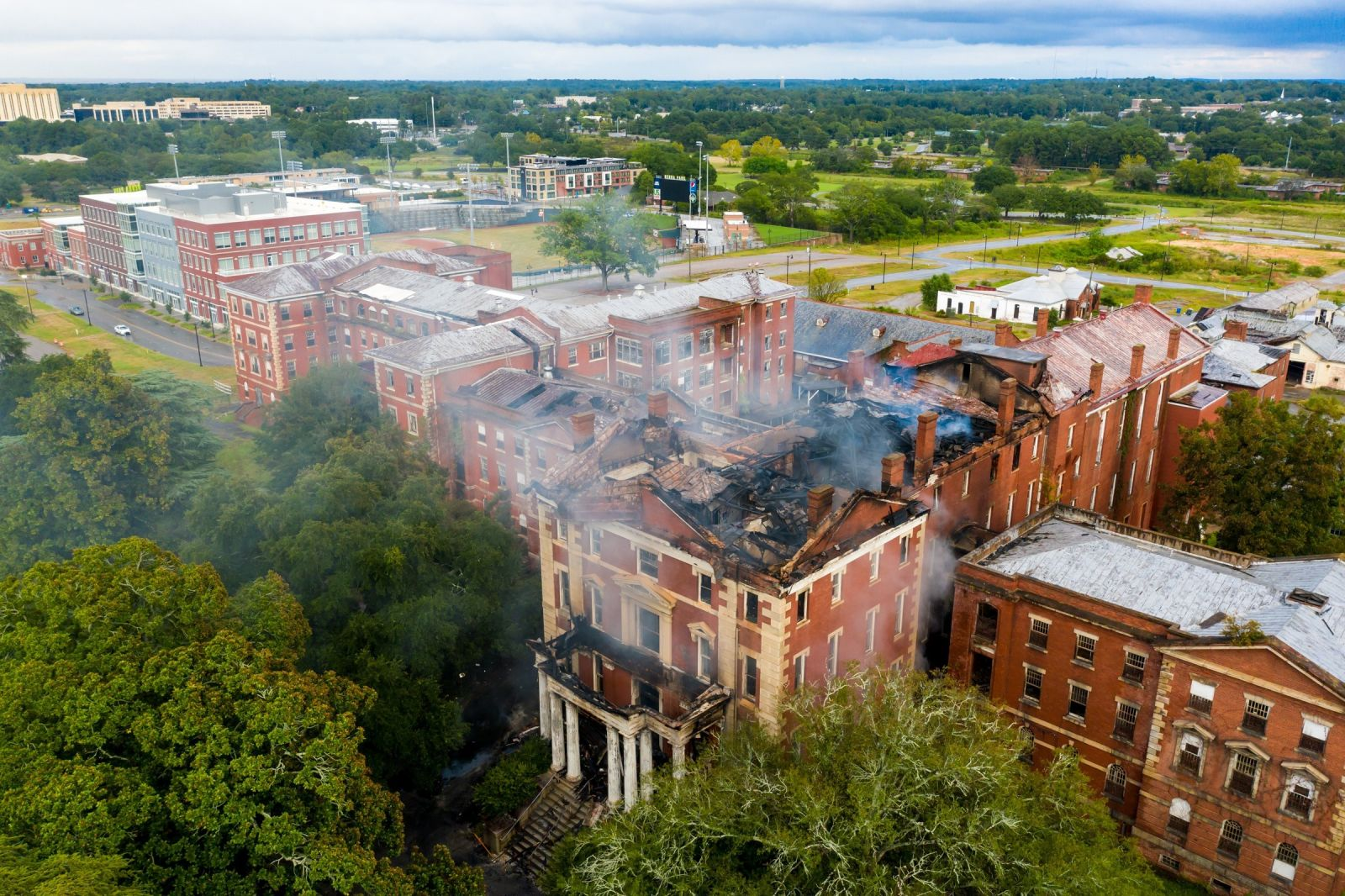 A September fire destroyed the Babcock Building's iconic cupola. (Photo/Jeff Blake/JeffBlakePhoto.com)