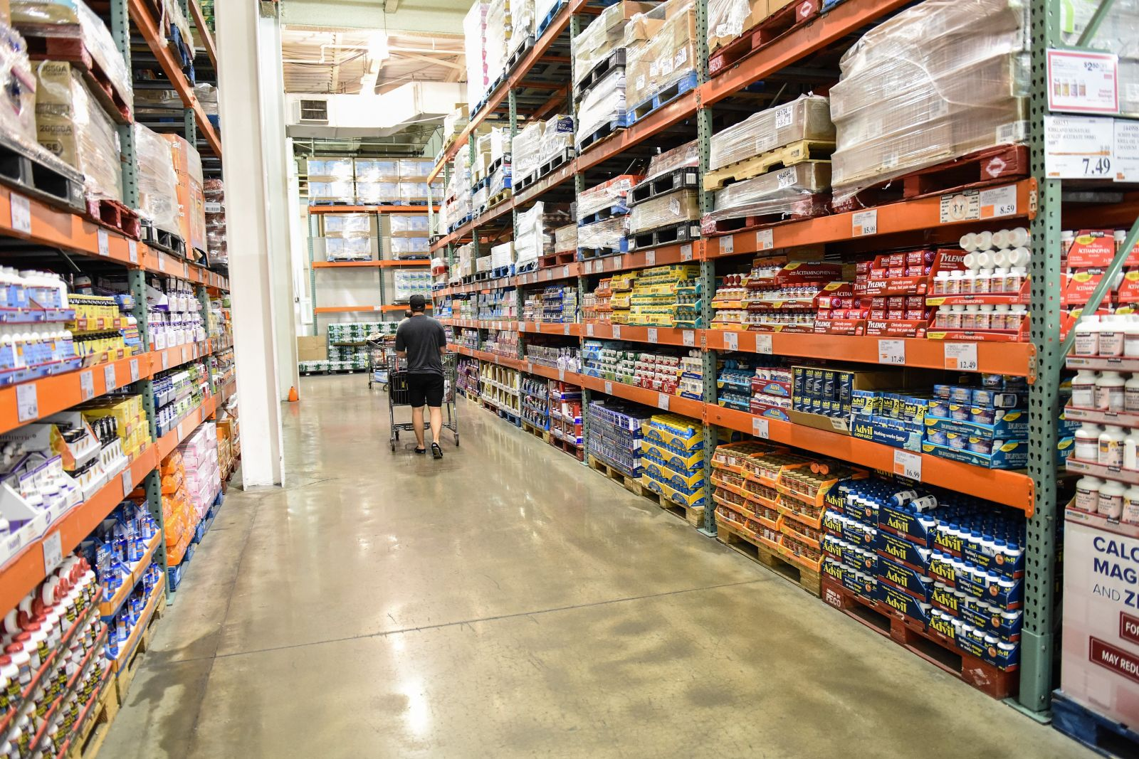 Costco, a membership only warehouse retailer, plans to open its first Midlands location on Aug. 10. (Photo/Shutterstock)